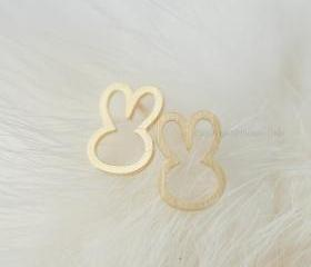 Cute Bunny Earrings in gold