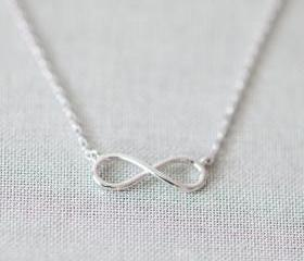 Simple tiny infinity necklace in silver
