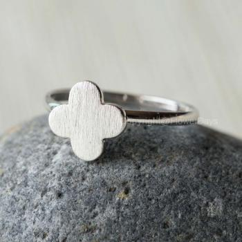 Cute Clover adjustable ring silver